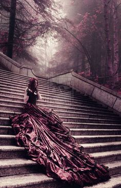 THE FAIRY SWAN - (via (4992) ^Lady on stairs | Mulberry & Aubergine... Switchblades - Bigswitchbladeknife.com