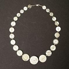 button necklace - Google-haku