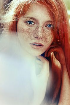 I always wanted red hair! My grandmother was a redhead. These redheads have some amazing style – check them out! Red Hair Freckles, Redheads Freckles, Freckles Girl, Beautiful Freckles, Beautiful Redhead, Beautiful People, Freckle Face, Ginger Girls, Ginger Hair