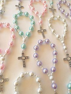 Items similar to A DOZEN Beautiful Lavender, Light Blue and White Pearl Rosary Bracelets. Beaded Jewelry, Handmade Jewelry, Beaded Bracelets, Première Communion, Communion Gifts, Rosary Bracelet, Rosary Beads, Gifts For Nature Lovers, Bridal Necklace