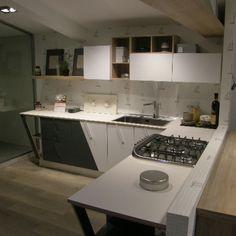 cucina moderna flag angolare con parete scontata del 50 approfitta subito dellofferta