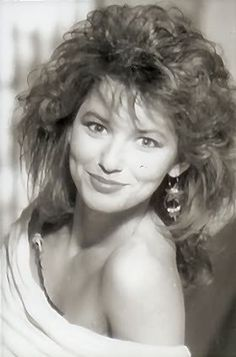 Celine Dion, Beautiful Voice, Beautiful Women, Country Female Singers, Emilio Estevez, Country Girls, Country Music, Demi Moore, Thats The Way