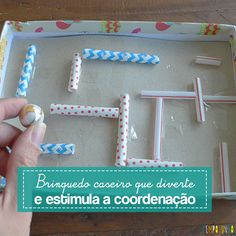 Este labirinto caseiro é um brinquedo muito divertido, fácil de fazer e estimula a coordenação das crianças. Você pode variar o desafio…