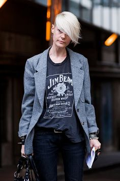 Kate Lanphear. My fashion goddess. Please let me loose in her wardrobe..
