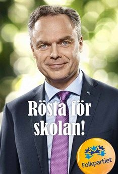 What are Swedish political posters saying?