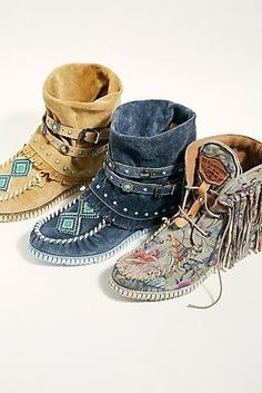 Women's Shoes, Cute Shoes, Me Too Shoes, Boho Boots, Cowgirl Boots, Riding Boots, Fringe Boots, Ankle Boots, Moccasin Boots