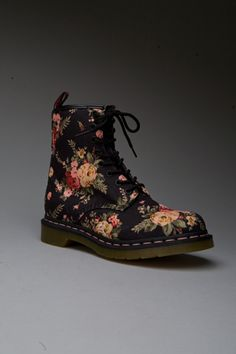 Victorian Rose Boots Why didn't I find these 15 years ago? I LIVED in doc marten combat boots for a few years!
