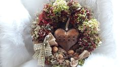 Velké+srdce+Velký+přírodní+věnec+,+hustě+vázaný+s+plechovým+srdcem+......38cm Christmas Wreaths, Holiday Decor, Home Decor, Decoration Home, Room Decor, Home Interior Design, Home Decoration, Interior Design
