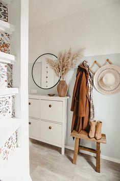 Home Decoration 2019 .Home Decoration 2019 Interior Rugs, Living Room Interior, Interior Design, Kitchen Interior, Interior Paint, Interior Ideas, Living Room Red, Flur Design, Design Design