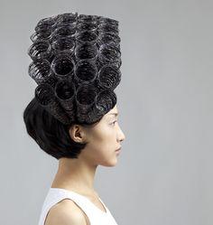 Wearable Art, Heejin Hwang, Artist, Showing Off, 2010, steel wire, enamel, ground rock, photography Jim Escalante