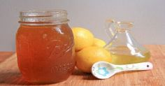 Grandma Barb's Homemade Cough Syrup…That works! - Honey, olive oil and lemon juice makes the best homemade cough syrup recipe. Great for kids. Cold Remedies Fast, Sore Throat Remedies, Natural Cold Remedies, Flu Remedies, Health Remedies, Home Remedies, Homemade Cough Syrup, Homemade Cough Remedies, Hangover