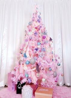 A PINK CANDY CHRISTMAS