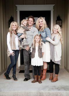 neutral fall family photos