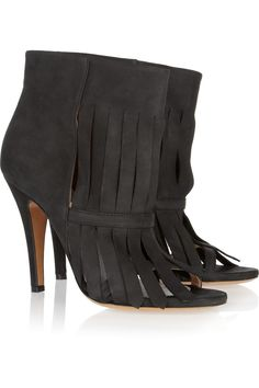 Slashed nubuck ankle boots