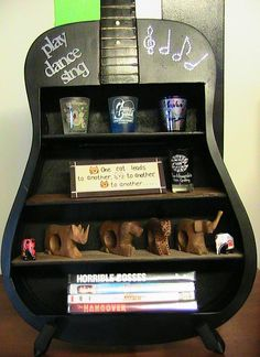 Another DIY project if your guitar has kicked the bucket/ wow cute idea.