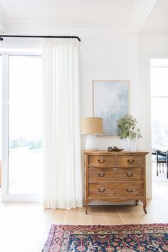 Distressed Furniture  - Natural Wood Accents For A Cozy Rustic Style - Photos