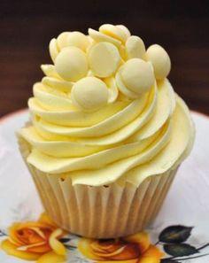 Vanilla and White Chocolate Cupcakes