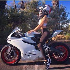 motorcycles and more Biker girl on Ducati 899 Panigale Moto Bike, Motorcycle Bike, Motorcycle Quotes, Lady Biker, Biker Girl, Vespa Vintage, Motard Sexy, Cafe Racer Girl, Motorbike Girl