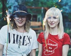 Hayley today with her very good friend! They have been friends for 15+ years. Lol I'm loving Hayley's shirt, they popped some fireworks also today! |||
