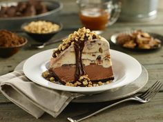 Steakhouse Chain Restaurant Recipes: Logan's Roadhouse Peanut Butter Ice Cream Pie