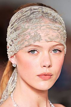 Gorgeous headwrap from Ralph Lauren's 2012 Great Gatsby collection  Keywords: #greatgatsbyweddings #jevelweddingplanning Follow Us: www.jevelweddingplanning.com  www.facebook.com/jevelweddingplanning/