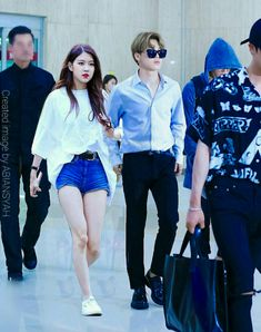 Kpop Couples, Cute Couples, Jimin Jungkook, Stefan William, Bts Girlfriends, Bts Twice, Funny Education Quotes, Complicated Love, Minions