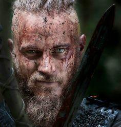 #TravisFimmel #RagnarLothbrok #Vikings #HistoryVikings ❤️