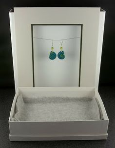 2 Good Claymates: Behind the Scenes - Photographing Earrings - Tutorial