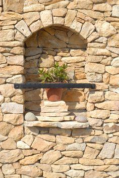 LATIN MEDITERRAN - ürömi latin mediterránkő Latina, Wood, House, Ideas, Woodwind Instrument, Home, Timber Wood, Trees, Thoughts
