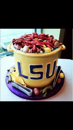 LSU crawfish boil Cake