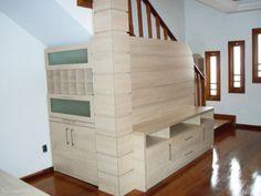 08-ideias-para-voce-aproveitar-o-cantinho-debaixo-da-escada-por-profissionais-do-casapro