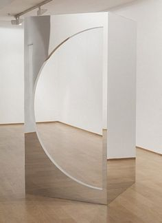 Geometric Mirrors II by Jeppe Hein