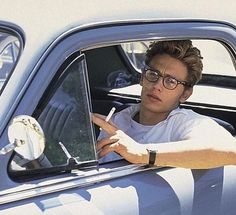 James Franco in James Dean Beautiful Boys, Pretty Boys, Beautiful People, Franco Brothers, Man Crush, Hot Boys, Cute Guys, Pretty People, How To Look Better