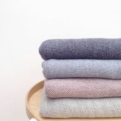 Softest Alpaca wool baby blankets. This clever wool works to keep a comfortable balance in temperature for your baby at all times. A perfect new baby gift l www.oskoe.com