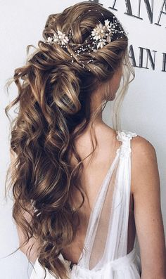 Wedding Hair Down half up half down hairstyle ,swept back bridal hairstyle ,updo hairstyles ,wedding hairstyles Evening Hairstyles, Dress Hairstyles, Wedding Hairstyles For Long Hair, Wedding Hair And Makeup, Bride Hairstyles, Down Hairstyles, Bridal Hair, Easy Hairstyles, Halloween Hairstyles