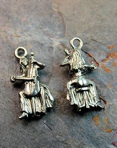 Cello Player Antique Silver Pewter Charm -1