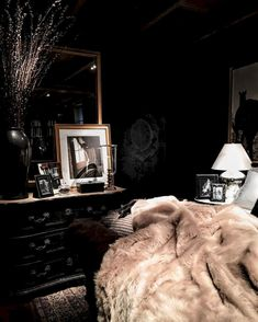 To inspire you, we share lots of awesome dark bedroom ideas that you can refer to! Pick the best dark bedroom that really suits your needs and taste now