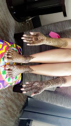 Manishas Mehendi Designs. 27 November 2016