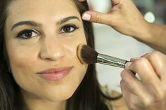 This shimmery makeup look only includes one eye shadow. #DIY #wedding #beautyhowto