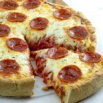 Make this Keto and Gluten Free Deep Dish Pepperoni Pizza - a savory crust loaded with Chicago style layers of pepperoni and melting cheese! Pizza Recipes, Low Carb Recipes, Diet Recipes, Healthy Recipes, Ketogenic Recipes, Recipes Dinner, Recipies, Low Carb Pizza, Low Carb Keto
