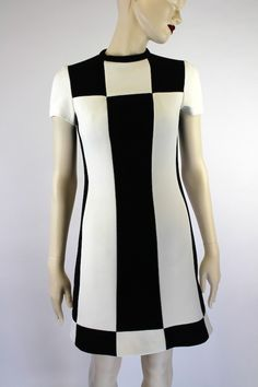 Colour block mini dress, Lilli Ann, 1960's. 60 Fashion, Timeless Fashion, Fashion Beauty, Vintage Fashion, Retro Vintage Dresses, Retro Dress, Vintage Outfits, 60s Dresses, Psychedelic Fashion