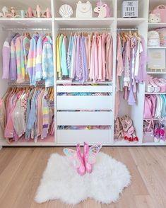 Bedroom Closet Design, Girl Bedroom Designs, Home Room Design, Closet Designs, Teen Room Designs, Girls Room Design, House Design, Bedroom Decor For Teen Girls, Room Ideas Bedroom