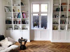 Velkommen til Handcrafted Interiors univers - Handcrafted Interior String Shelf, Scandinavian Interior, Living Room Inspiration, My Dream Home, Interior Styling, Modern Decor, Beautiful Homes, Bespoke, Bookcase