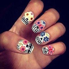Hallowen nail styles...