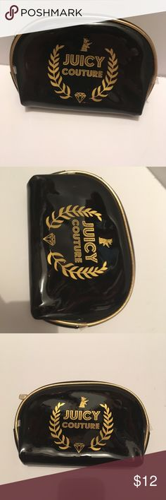 Juicy couture  Cosmetic bag Juicy couture makeup bag  black and gold  , excellent condition. Bags Mini Bags