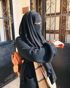 Niqab Fashion, Muslim Fashion, Fashion Outfits, Hijabi Girl, Girl Hijab, Hijab Dpz, Stylish Hijab, Islam Women, Muslim Beauty