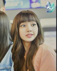 BlackPink At GMP Airport Yg Entertainment, Hip Hop, Korean Artist, Blackpink Lisa, Kpop Girls, Beauty, Boys, Woman, Ballerinas