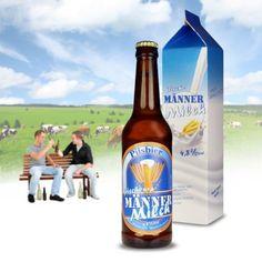 Die Männermilch - Spaß Bier ist ein leckeres Pils versteckt in einer täuschend echten Milchverpackung mit humorvollen Hinweisen auf den tatsächlichen Inhalt und wird so zum Spaß-Geschenk für echte Männer.