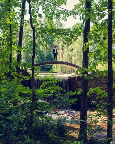 Buttermilk Falls Inn and Spa, NY. photography By / http://sarahtewphotography.com,Floral Design By / http://lindabaldwin.com