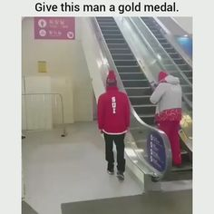 memes hilarious laughing videos Are They Deserve Gold Madel ! Funny Shit, Stupid Funny Memes, Funny Relatable Memes, Funny Posts, Funny Stuff, Haha Funny, Funny Pranks, Really Funny, Funny Cute